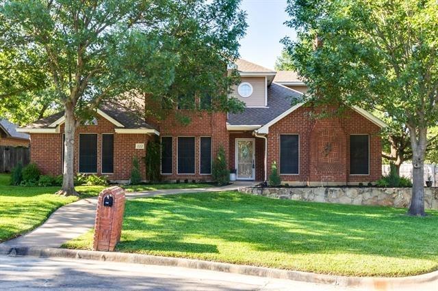 4 Bedrooms, Justin-Roanoke Rental in Denton-Lewisville, TX for $3,100 - Photo 1