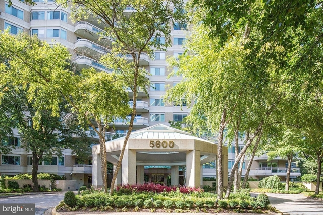2 Bedrooms, Bethesda Rental in Washington, DC for $5,800 - Photo 1