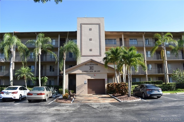1 Bedroom, Falmouth at Century Village Rental in Miami, FL for $1,650 - Photo 1
