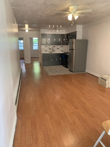 2 Bedrooms, Dyker Heights Rental in NYC for $2,000 - Photo 1