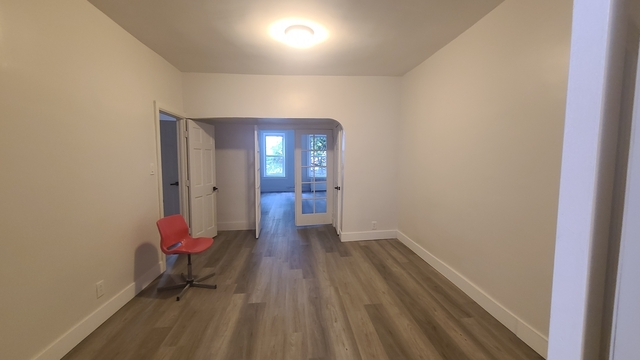 4 Bedrooms, Borough Park Rental in NYC for $3,500 - Photo 1