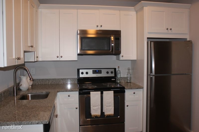 3 Bedrooms, Wollaston Rental in Boston, MA for $2,999 - Photo 1