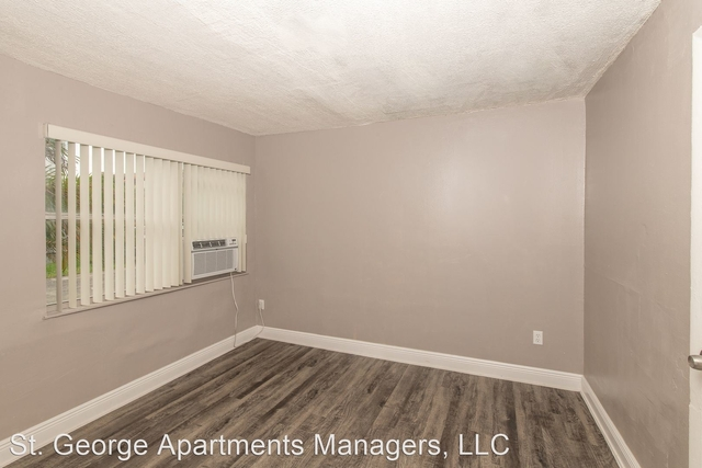 2 Bedrooms, Brownsville Rental in Miami, FL for $1,350 - Photo 1