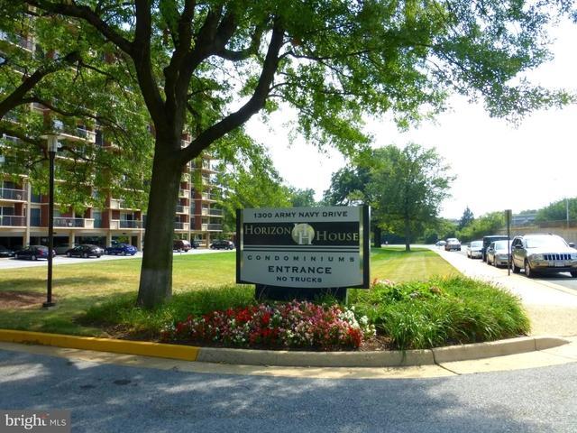 2 Bedrooms, Arlington Ridge Rental in Washington, DC for $3,000 - Photo 1