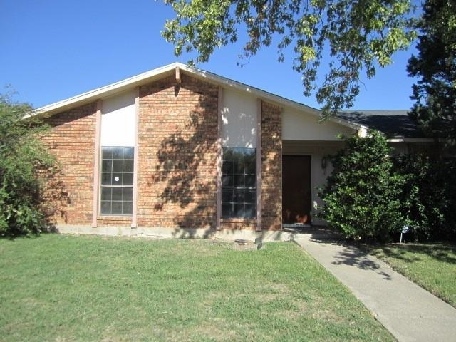 4 Bedrooms, Woods-Sugarberry Rental in Dallas for $1,795 - Photo 1