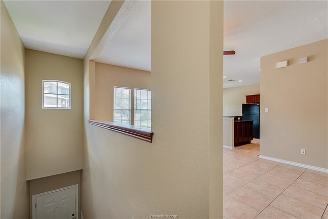 2 Bedrooms, Wolf Pen Creek District Rental in Bryan-College Station Metro Area, TX for $1,140 - Photo 1