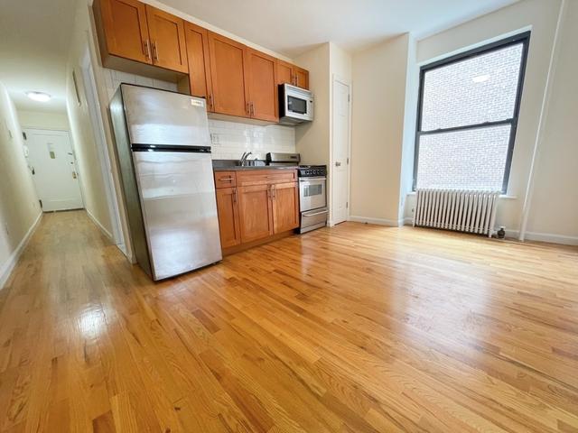 Studio, Yorkville Rental in NYC for $2,375 - Photo 1