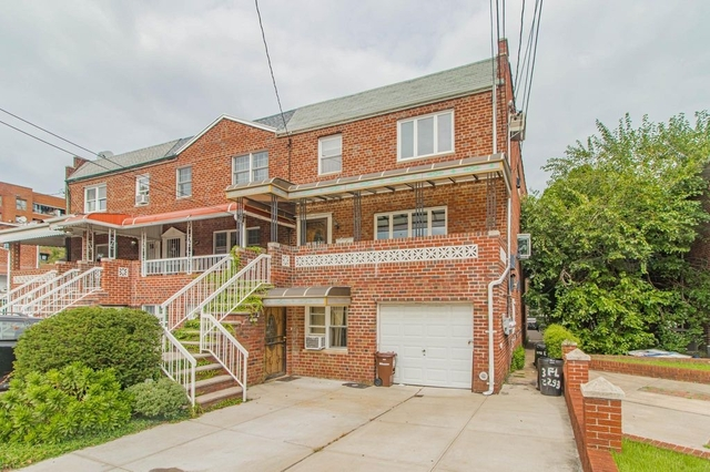 3 Bedrooms, Gravesend Rental in NYC for $2,100 - Photo 1