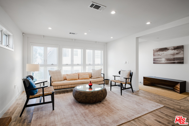 3 Bedrooms, Venice Beach Rental in Los Angeles, CA for $9,995 - Photo 1