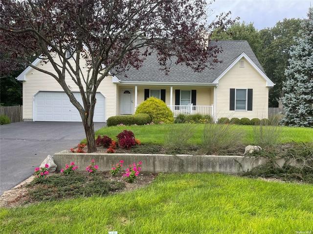 4 Bedrooms, Riverhead Rental in  for $8,000 - Photo 1