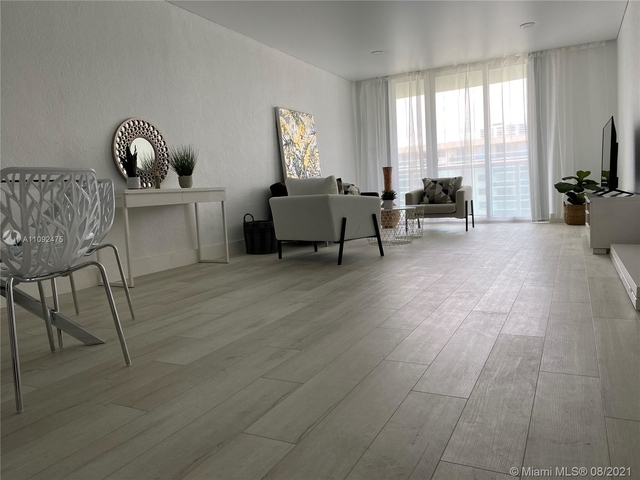 1 Bedroom, Golden Shores Ocean Boulevard Estates Rental in Miami, FL for $3,000 - Photo 1