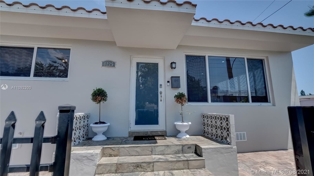 3 Bedrooms, Biscayne Beach Rental in Miami, FL for $5,000 - Photo 1