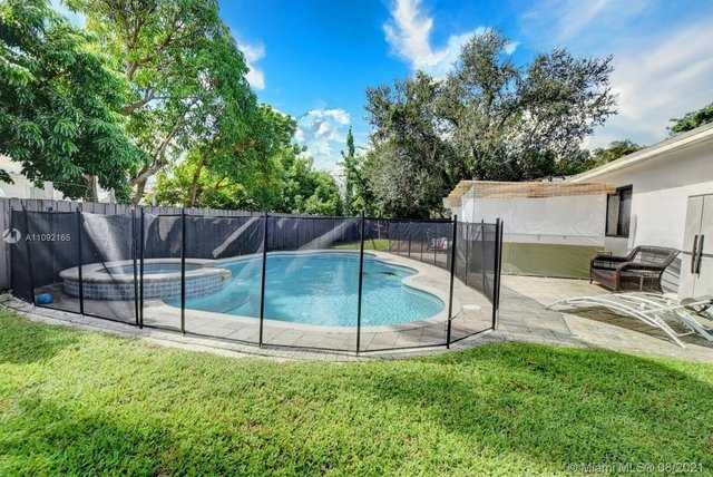 3 Bedrooms, Highland Estates Rental in Miami, FL for $6,500 - Photo 1