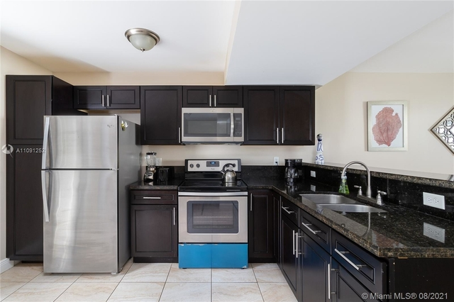 2 Bedrooms, Town Park Village Rental in Miami, FL for $2,500 - Photo 1