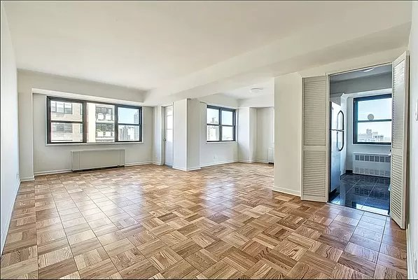 4 Bedrooms, Yorkville Rental in NYC for $6,200 - Photo 1