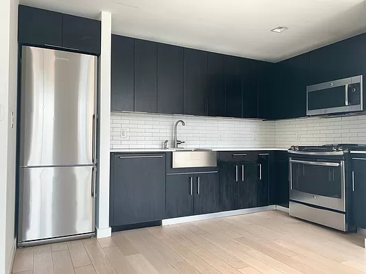 2 Bedrooms, Hell's Kitchen Rental in NYC for $6,684 - Photo 1