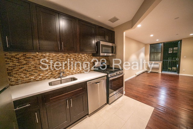 1 Bedroom, Prospect Park South Rental in NYC for $2,350 - Photo 1