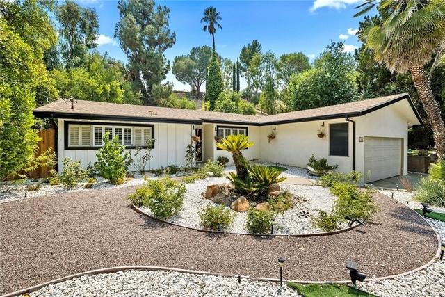 3 Bedrooms, Woodland Hills-Warner Center Rental in Los Angeles, CA for $5,000 - Photo 1