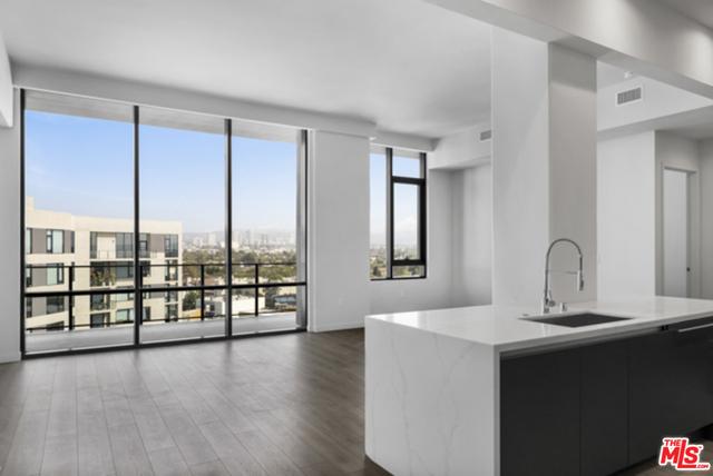 2 Bedrooms, Rancho Park Rental in Los Angeles, CA for $9,067 - Photo 1