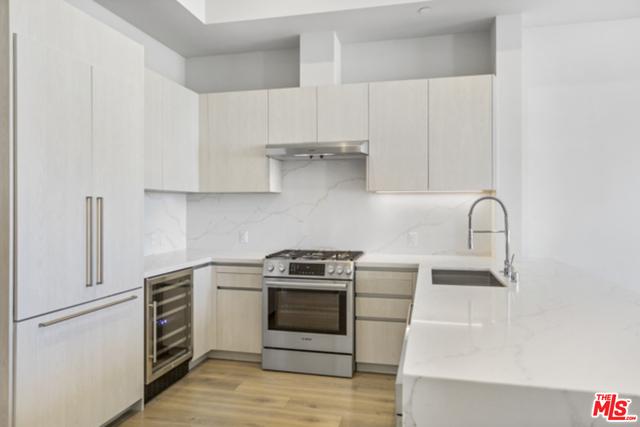 2 Bedrooms, Rancho Park Rental in Los Angeles, CA for $7,319 - Photo 1
