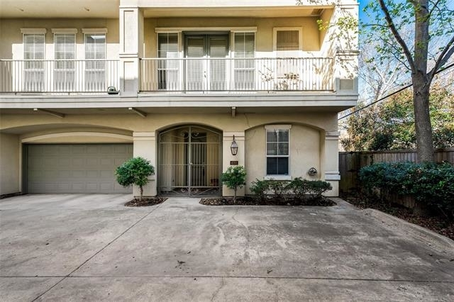 3 Bedrooms, North Oaklawn Rental in Dallas for $3,499 - Photo 1