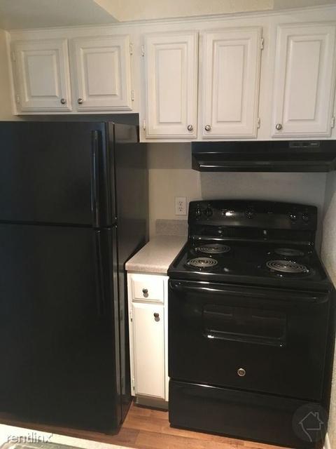 1 Bedroom, Oaks of Greenway Rental in Houston for $1,045 - Photo 1