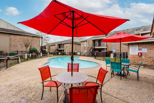 2 Bedrooms, South Main Rental in Houston for $1,175 - Photo 1