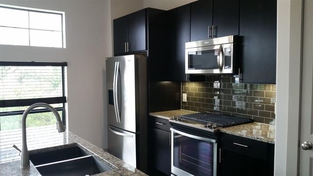 2 Bedrooms, Midtown Rental in Houston for $2,360 - Photo 1