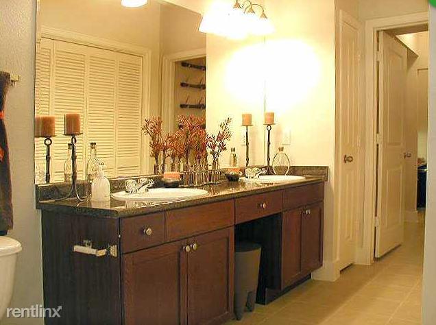 2 Bedrooms, Midtown Rental in Houston for $1,527 - Photo 1