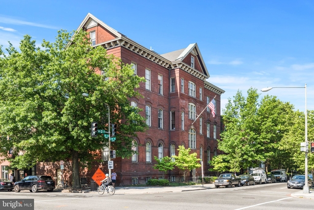 2 Bedrooms, Logan Circle - Shaw Rental in Washington, DC for $4,250 - Photo 1