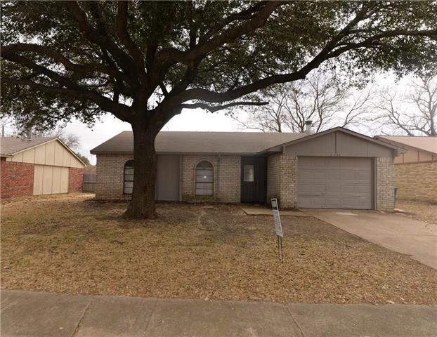 3 Bedrooms, Windridge Rental in Dallas for $1,675 - Photo 1