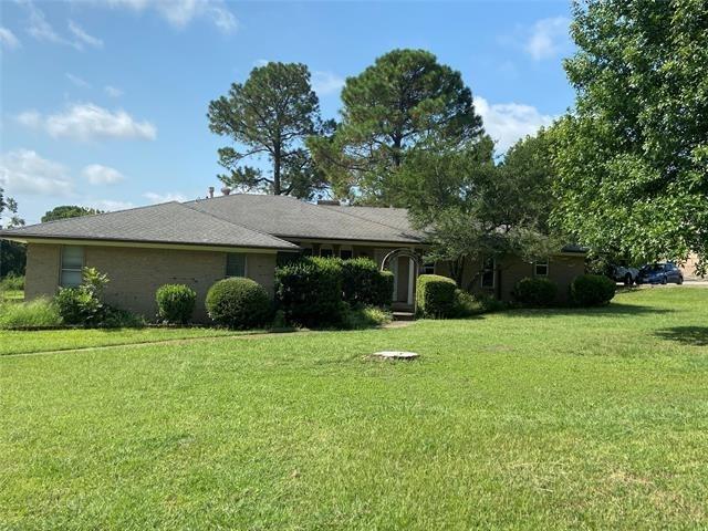 3 Bedrooms, Northeast Tarrant Rental in Denton-Lewisville, TX for $3,490 - Photo 1