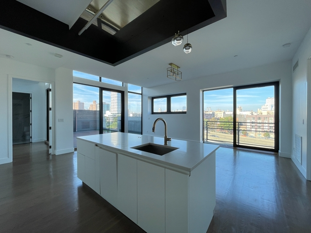 2 Bedrooms, East Williamsburg Rental in NYC for $6,325 - Photo 1