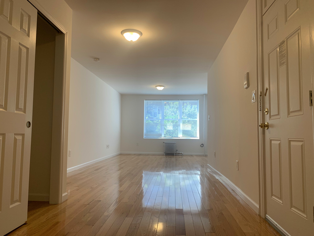 2 Bedrooms, Woodside Rental in NYC for $2,250 - Photo 1