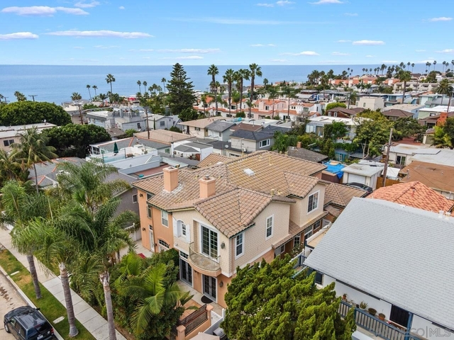 3 Bedrooms, Beach Barber Rental in San Diego, CA for $5,500 - Photo 1