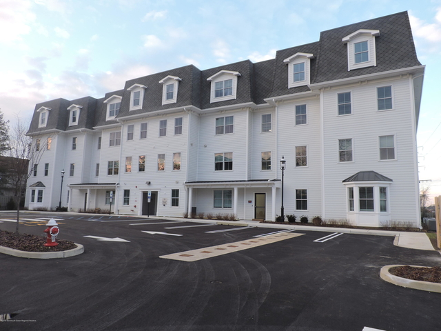2 Bedrooms, Red Bank Rental in North Jersey Shore, NJ for $2,800 - Photo 1