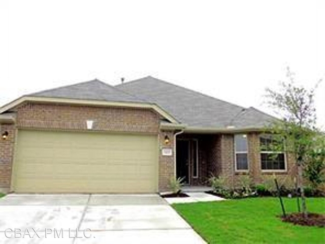 4 Bedrooms, Paloma Creek South Rental in Little Elm, TX for $2,195 - Photo 1