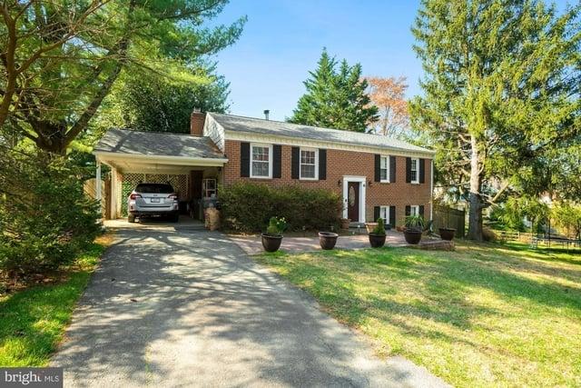 4 Bedrooms, Saddlebrook Rental in Washington, DC for $3,990 - Photo 1