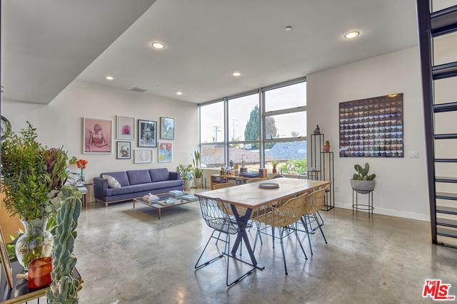 1 Bedroom, Oakwood Rental in Los Angeles, CA for $6,250 - Photo 1
