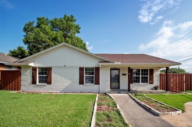 3 Bedrooms, Lake Highlands Rental in Dallas for $2,950 - Photo 1
