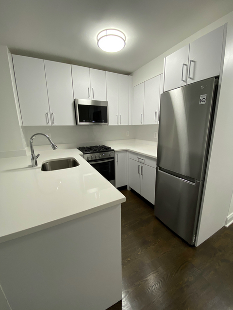Studio, Sutton Place Rental in NYC for $2,475 - Photo 1
