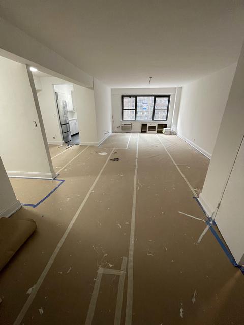 2 Bedrooms, Midtown East Rental in NYC for $6,500 - Photo 1