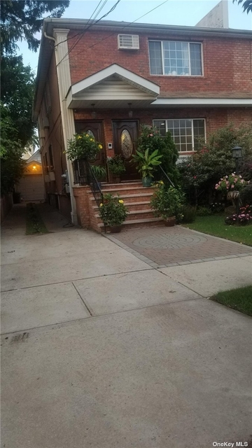 3 Bedrooms, St. Albans Rental in Long Island, NY for $2,600 - Photo 1
