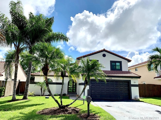 4 Bedrooms, Hawke's Bluff Rental in Miami, FL for $4,000 - Photo 1