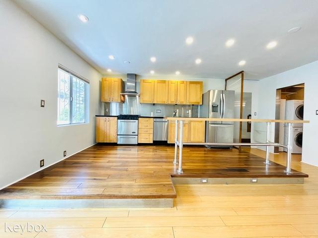 1 Bedroom, Ocean Park Rental in Los Angeles, CA for $2,975 - Photo 1