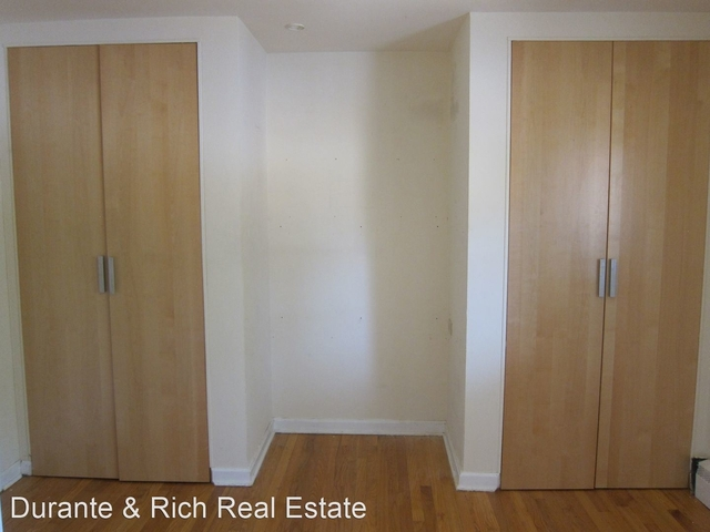 2 Bedrooms, Oak Park Rental in Chicago, IL for $1,195 - Photo 1