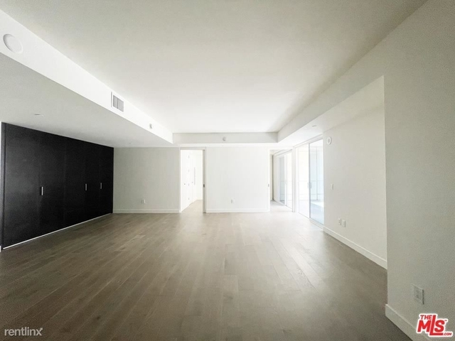 1 Bedroom, Central Hollywood Rental in Los Angeles, CA for $3,800 - Photo 1