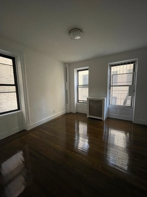 1 Bedroom, Carnegie Hill Rental in NYC for $3,550 - Photo 1