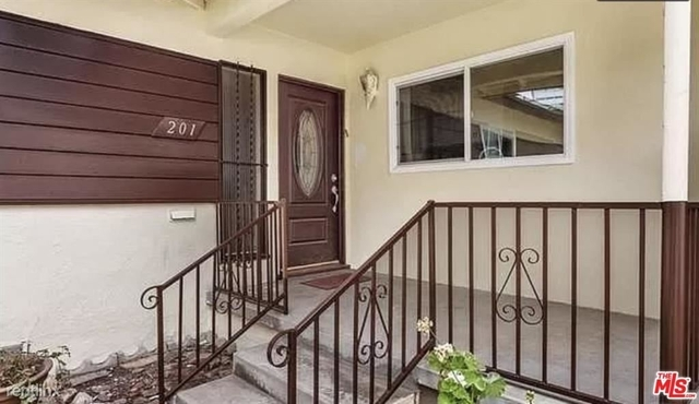 4 Bedrooms, Beverly Hills Rental in Los Angeles, CA for $6,490 - Photo 1