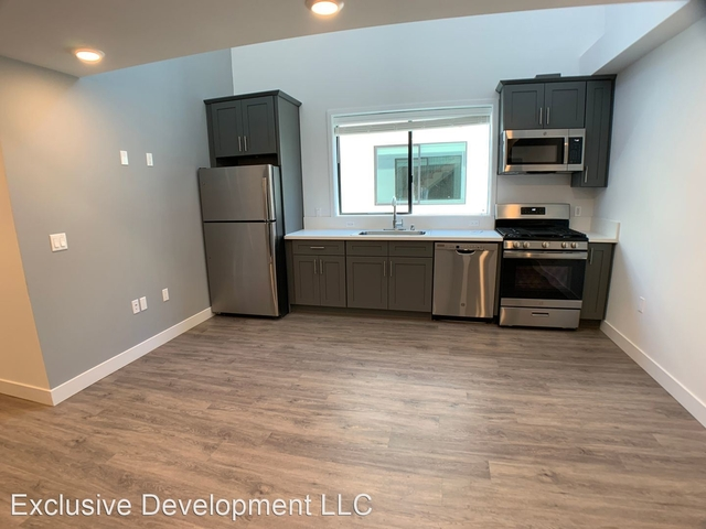 2 Bedrooms, Van Nuys Rental in Los Angeles, CA for $2,690 - Photo 1
